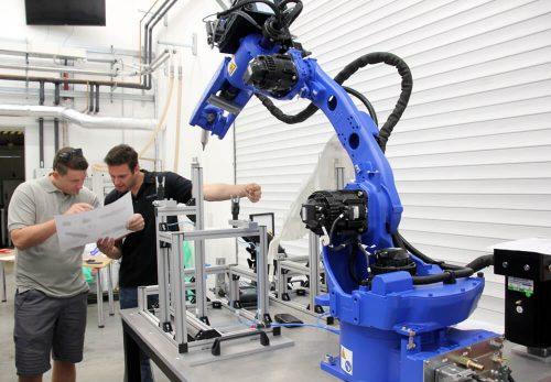 Obchodník a projektový koordinátor průmyslové automatizace